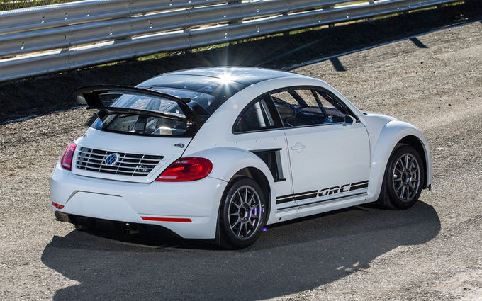 volkswagen-beetle-grc-in-las-vegas-2014-rear-three-quarter
