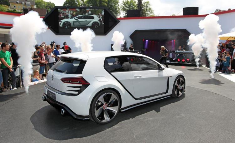 volkswagen-design-vision-gti-concept-photo-515618-s-986x603