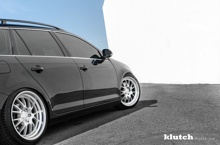 vw-jetta-wagon-on-klutch-wheels-5