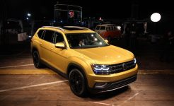2018-volkswagen-atlas-reveal-109-876x535